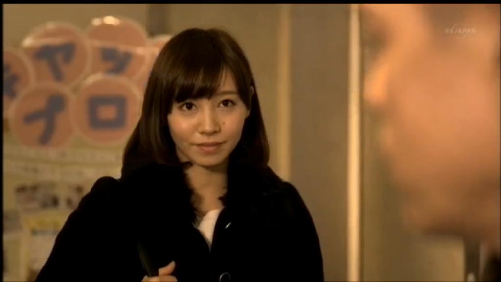 猫とコワモテ出演者の笑顔がかわいい女の子3