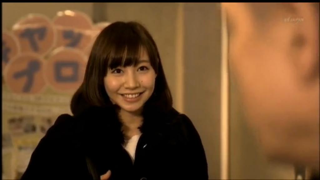 猫とコワモテ出演者の笑顔がかわいい女の子2